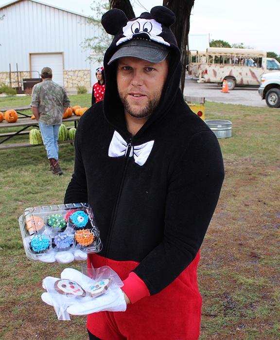 Justin shows bake treats
